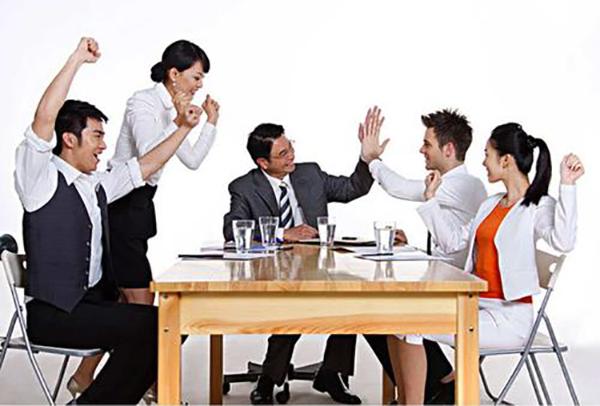 """如何使员工从""""被动培训""""向""""主动学习""""转变。"""